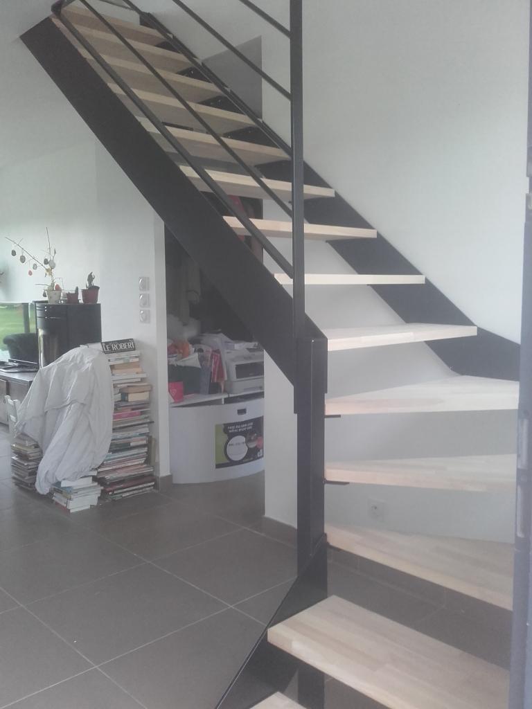 Escalier marches en bois