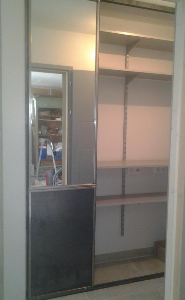 Portes de placards coulissantes avec miroir