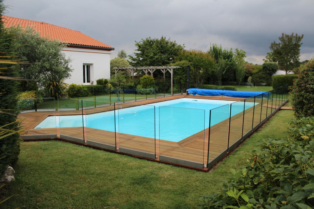 Clôture pour piscine en verre