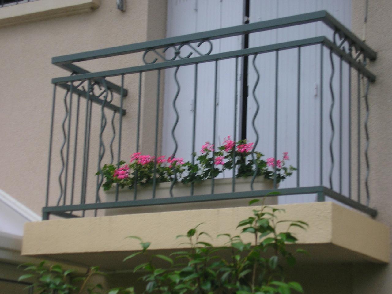 Garde corps balcon for Garde corps balcon design